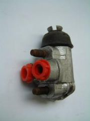 New Genuine Left Hand Front Wheel Cylinder Ford 100E/107E up to 1956 Free Uk Delivery